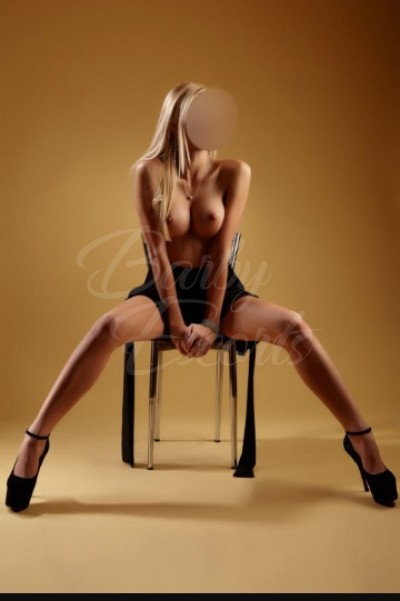 Barby Escorts - Amy